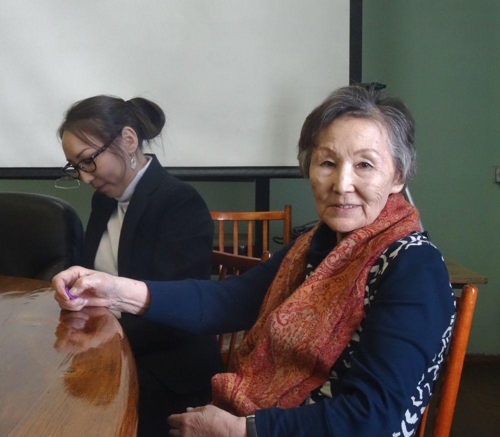 Клара Монгушевна Рычкова. Только такие женщины и могут встретить семидесятилетний юбилей в седле, в конной экспедиции